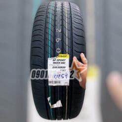 Lop Xe Dunlop 235 55R20 102V SP Sport Maxx 050